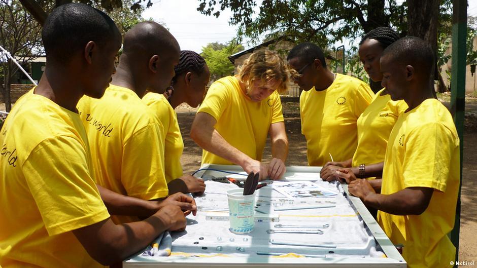 تامین برق آفریقا با سیستم موبایل از برلین