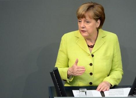 مرکل: آلمان یک کشور مهاجرپذیر است