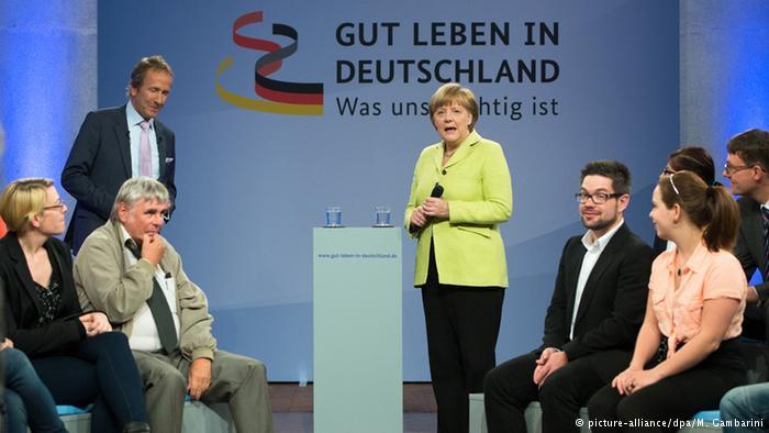 """آنگلا مرکل، صدراعظم آلمان در مراسم گشایش سلسله همایشهایی با عنوان """"خوب زندگی کردن در آلمان برای ما مهم است"""""""