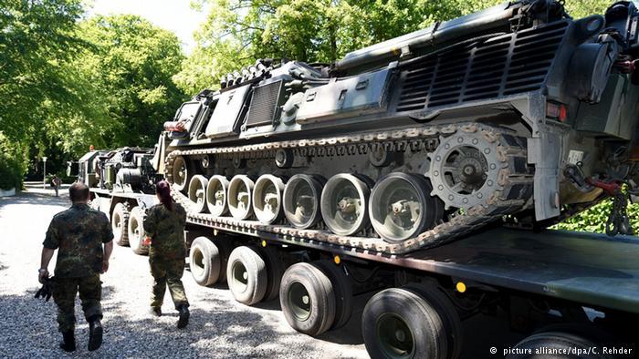 تسلیحات کشف شده در زیرزمین یک خانه مسکونی در آلمان 2