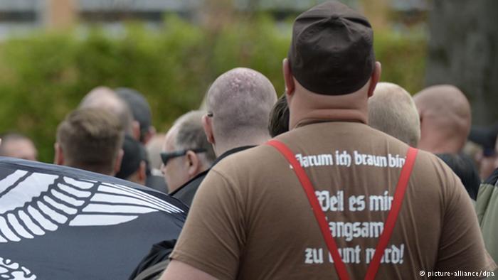 تظاهرات نئونازیها در شهر زالفلد در شرق آلمان