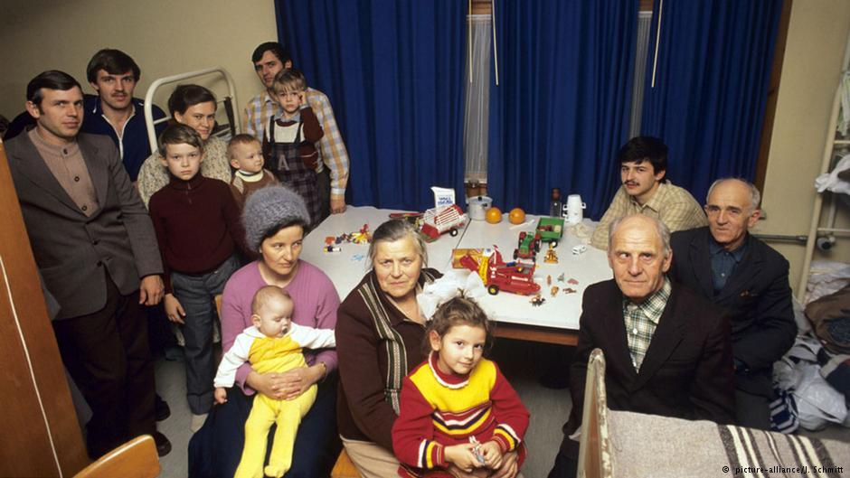 یک خانواده آلمانیتبار که در دسامبر ۱۹۸۸ از یکی از کشورهای بلوک شرق وارد آلمان شد