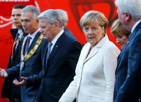 مراسم بیستوپنجمین سالگرد وحدت آلمان در فرانکفورت