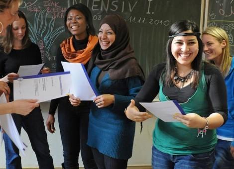 یادگیری زبان آلمانی، شاهکلید زندگی پناهجویان در آلمان