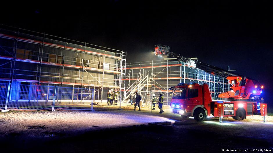سه آتشسوزی در اقامتگاههای پناهجویان آلمان